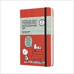 Moleskine 2019 12m Limited Edition Peanuts Daily, Large, Daily, Red, Hard Cover (5 X 8.25) (Desk)