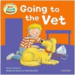 Oxford Reading Tree: Read with Biff, Chip & Kipper First Experiences Going to the Vet (Paperback)