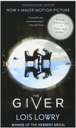 The Giver (International Ed) (Paperback, International)