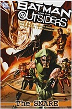 Batman and the Outsider (Paperback)