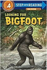 Looking for Bigfoot (Paperback)