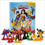 My Busy Book : DC Girls Super Friends DC걸즈 슈퍼프렌즈 비지북 (미니피규어 12개 + 놀이판 포함)