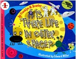 Is There Life in Outer Space? (Paperback)