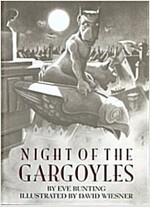 Night of the Gargoyles (Paperback)