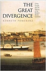 The Great Divergence: China, Europe, and the Making of the Modern World Economy (Paperback)