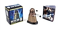 Doctor Who: Dalek Collectible Figurine & Illustrated Book [With Booklet and Dalek Figurine] (Other)