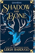 Shadow and Bone (Paperback)