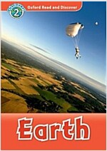 Oxford Read and Discover: Level 2: Earth (Paperback)