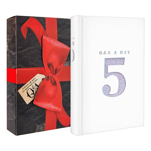 5년 후 나에게 - Q&A a day (2021 메모리아 화이트 Gift Edition)