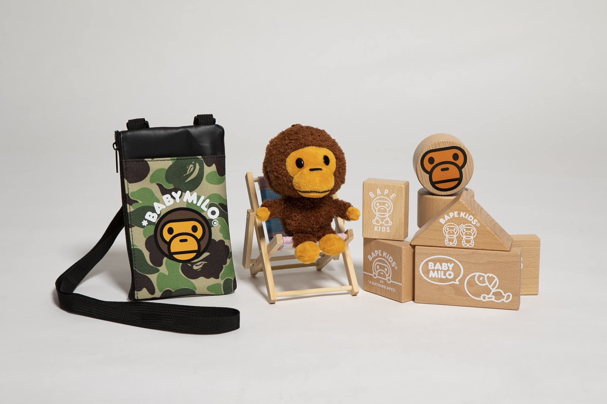 BAPE KIDS® by *a bathing ape® 15th anniversary BOOK MILO in HOUSE