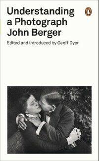 Understanding a Photograph (Paperback)