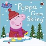 Peppa Pig: Peppa Goes Skiing (Paperback)