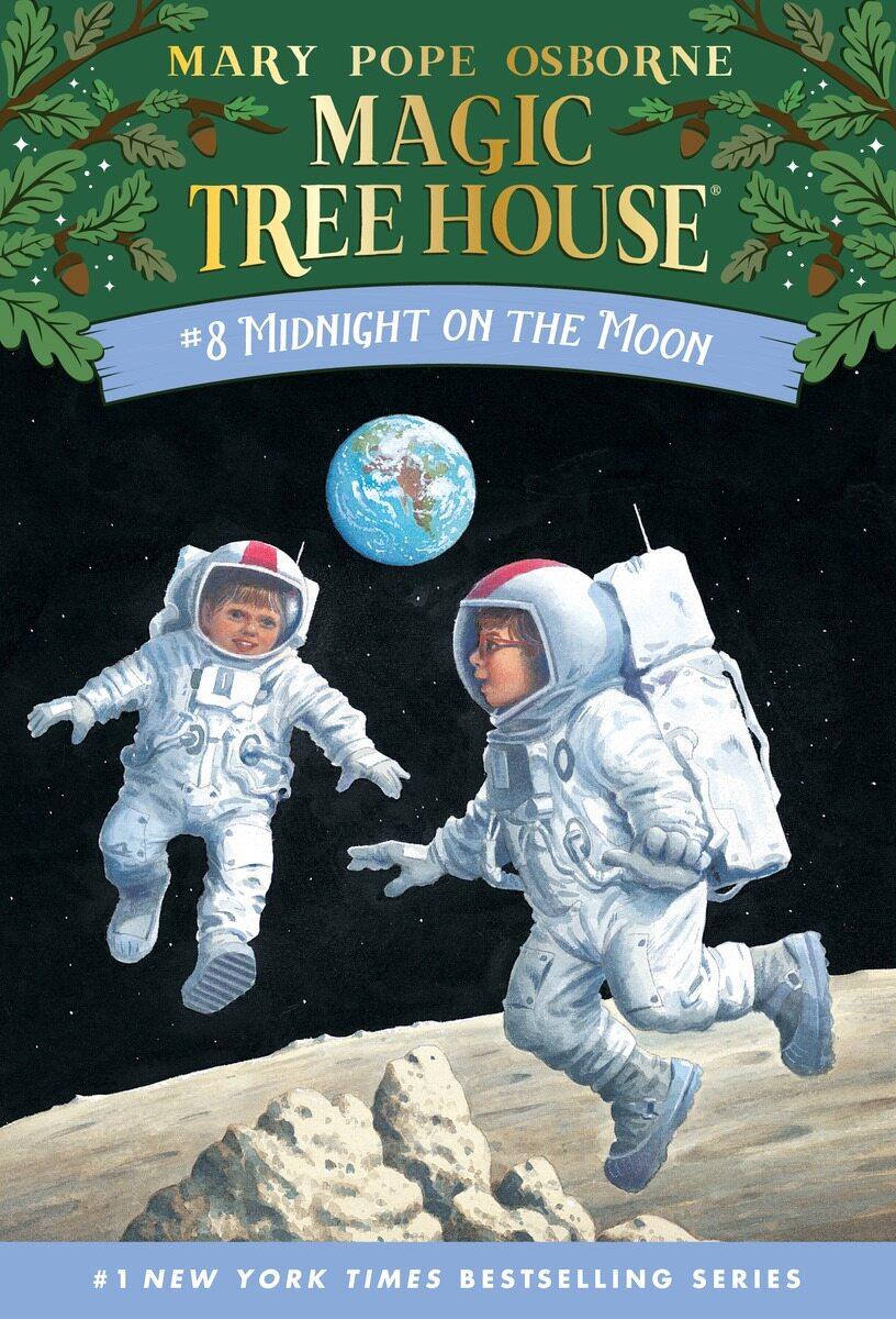 Magic Tree House #8 : Midnight on the Moon (Paperback)