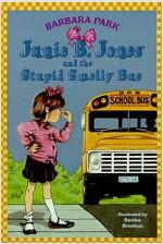 Junie B. Jones #1: Junie B. Jones and the Stupid Smelly Bus (Paperback)