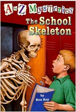 A to Z Mysteries #S : The School Skeleton (Paperback)