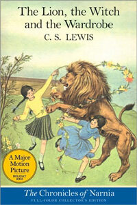 The Lion, the Witch and the Wardrobe: Full Color Edition (Paperback)