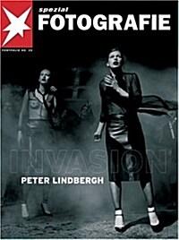 Peter Lindbergh - Invasion: Stern Portfolio (Stern Portfolio Library of Photography) (Paperback)