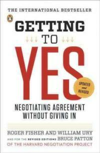 Getting to Yes: Negotiating Agreement Without Giving in (Paperback, 3, Revised)