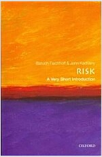 Risk: A Very Short Introduction (Paperback, New)