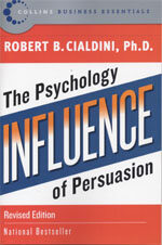 Influence: The Psychology of Persuasion (Paperback, Revised)
