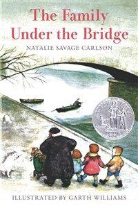 The Family Under the Bridge (Paperback)