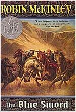 The Blue Sword (Paperback)