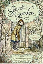 The Secret Garden: The 100th Anniversary Edition with Tasha Tudor Art and Bonus Materials (Paperback)