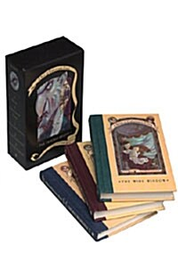 A Series of Unfortunate Events Box: The Trouble Begins (Books 1-3) (Boxed Set)